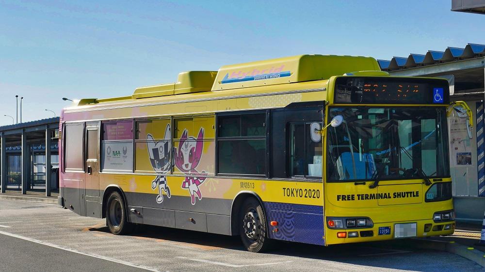 成田空港の各ターミナルの移動は無料シャトルバスを利用すると便利