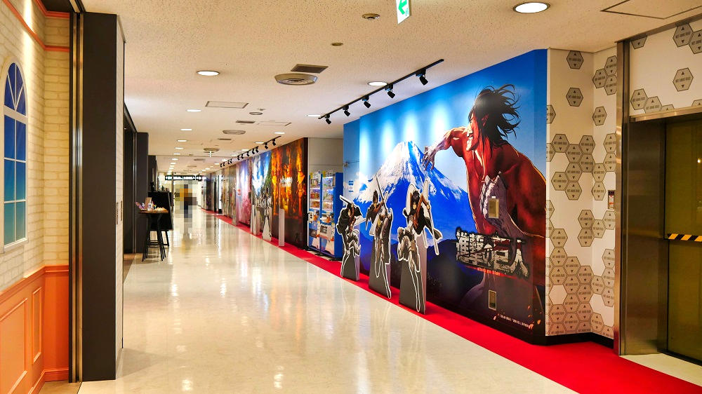 「成田アニメロード」には有名作品の写真撮影用キャラクターボードが多数!